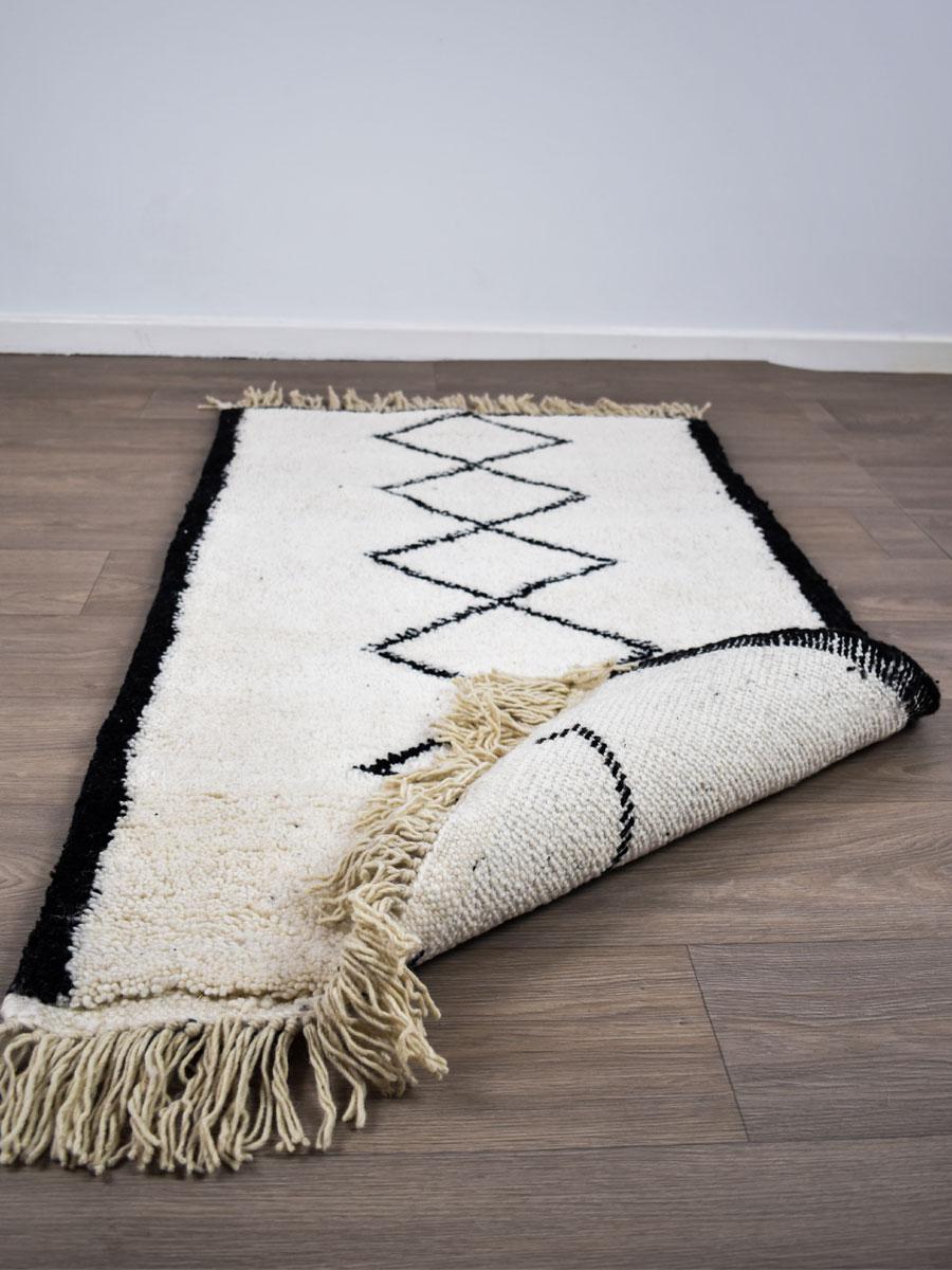 Tapis Beni Ouarain Noir tapis berbère - beni ouarain - 140 x 80 cm
