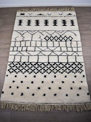 tapis berbere beni ouarain symbole jolie