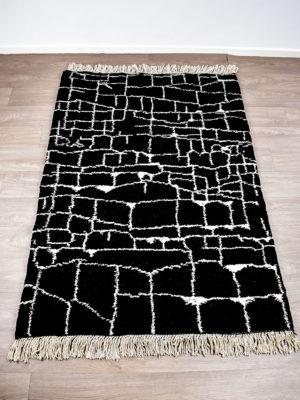 tapis berbere beni ouarain noir design
