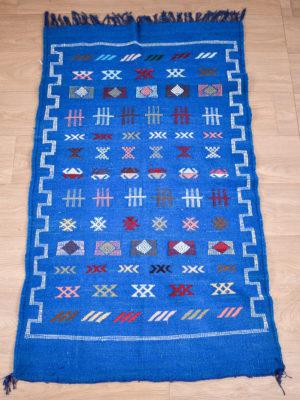 tapis berbere kilim bleu