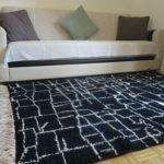 tapis berbere beni ouarain noir matiere