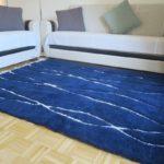 tapis berbere beni ourain bleu matiere