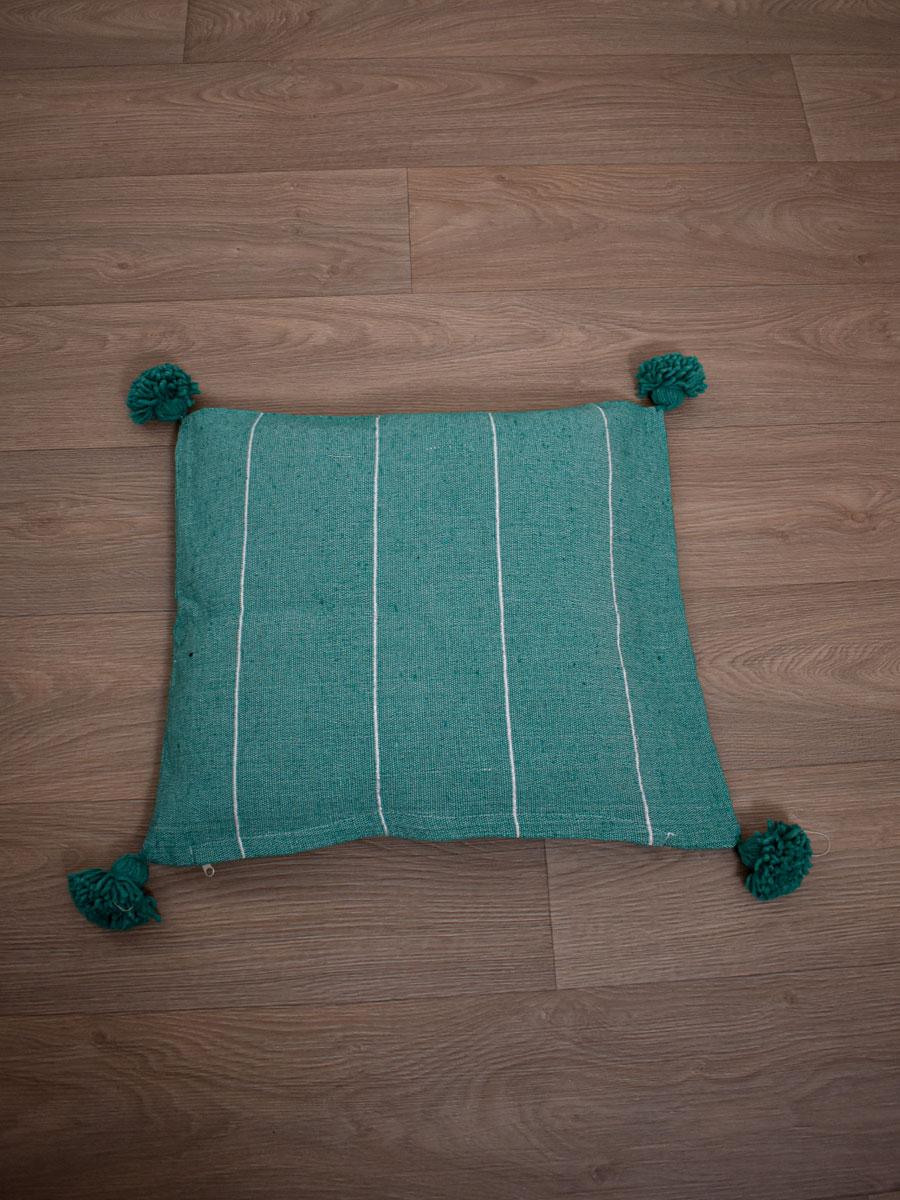 Coussin berbere vert raye