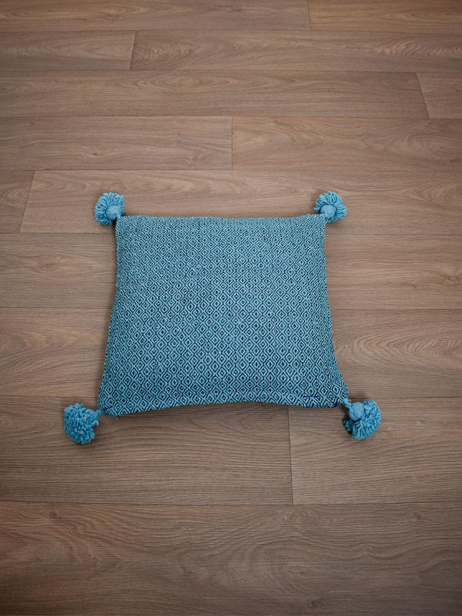coussin berbere bleu turquoise
