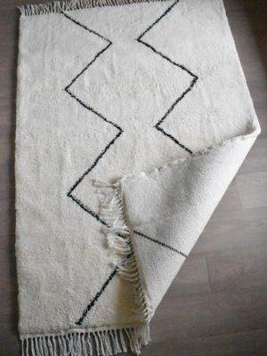 tapis berbere beni ouarain motif losange ouvert