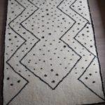 Tapis_Berbere_Beni Ouarain_TBO40_Motif Zigzag avec points